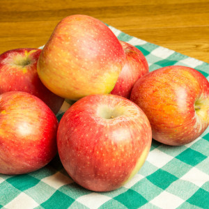 Pinova Äpfel